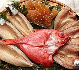 高知県室戸岬からお届け、高級ブランド魚金目鯛入り干物特選セット