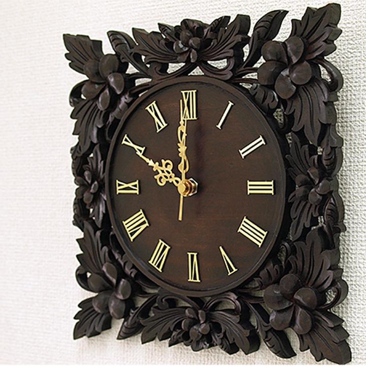 木製レリーフ時計