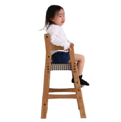 ご成長とともに高さを調節できます送料無料 おしゃれな木製 キッズチェア ダイニング 食卓 椅子 イス 子ども 子供 こども かわいい ビンテージテイスト チェック 木ぬくもり オシャレ 防水 三段階調整 】