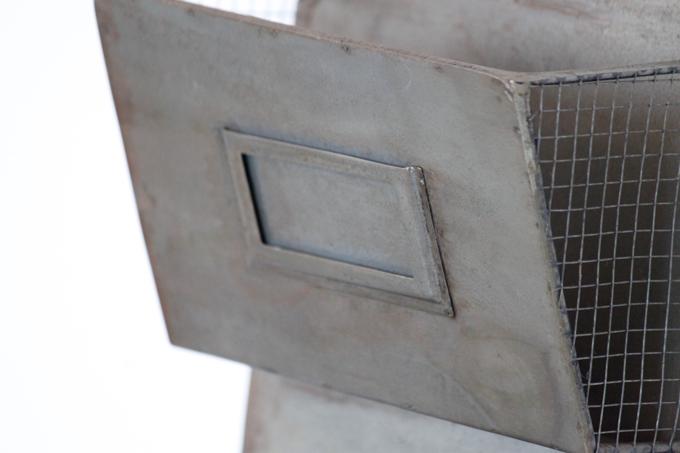 ハンドメイドアンティーク調ブリキカードラック3段 錆 鉄 アイアン ラック 棚
