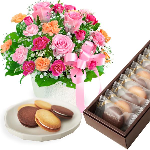 ピンクリボンのアレンジメントと【ホテルオークラ】ビスキュイ・サンド b14521257 |花キューピットの2019母の日セットギフト特集