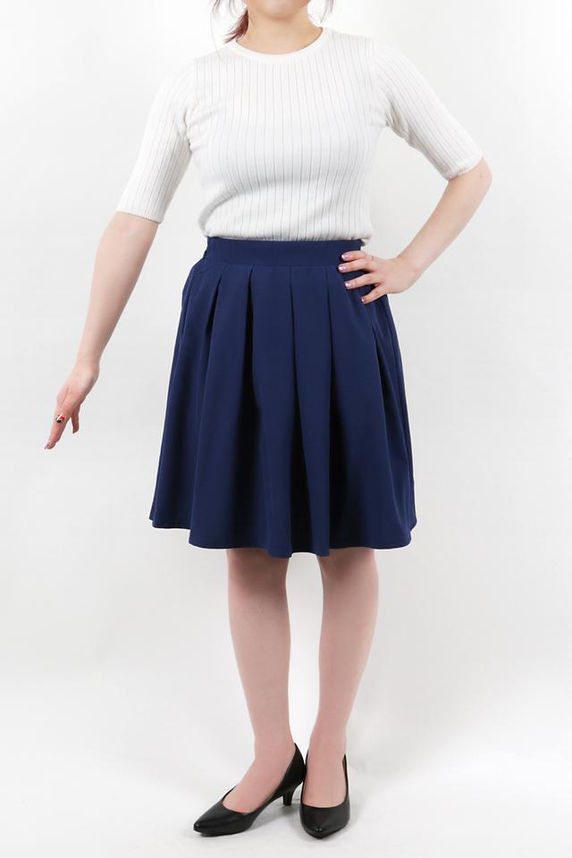152cmのモデルが着丈50cmのスカートを着たイメージ