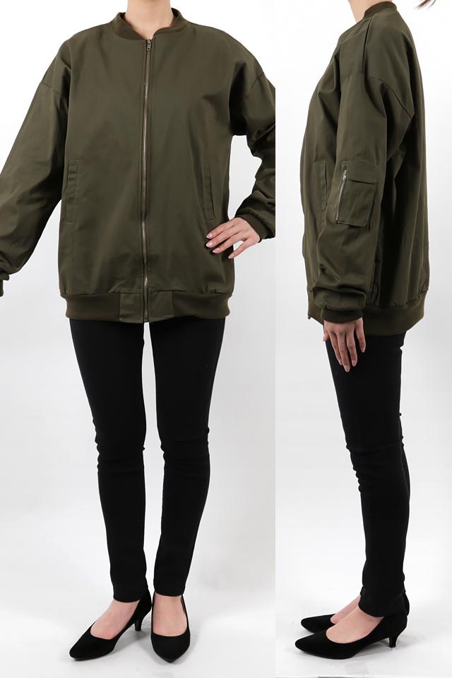 165cmのモデルが着丈72cmのジャケットを着たイメージ