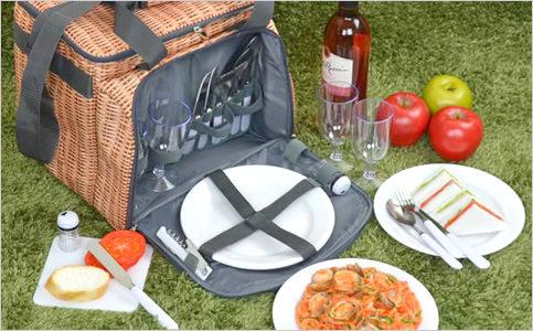 食器付きピクニックバスケット