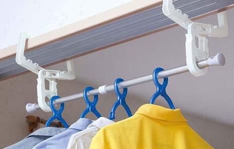 室内物干しフック クロスフック 2個組 鴨居・ドア枠用 伸縮ポール付 洗濯物干し