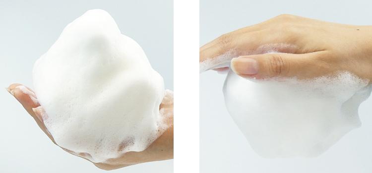 きめ細かな濃密泡が肌の潤いを保ちすっきり洗い上げる