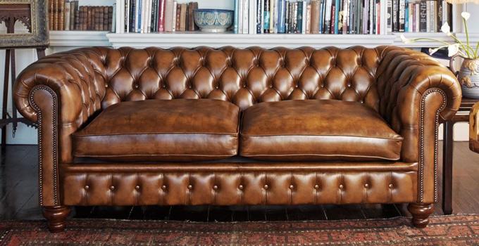 かっこいいお部屋にコーディネート。高級マカボニー材使用のアンティーク調家具特集