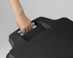 簡易ロック機能付き。片手で蓋のロックが出来ます。蓋を開けるときはロックを握って解除、閉めるときは蓋をおろすだけでOKです。