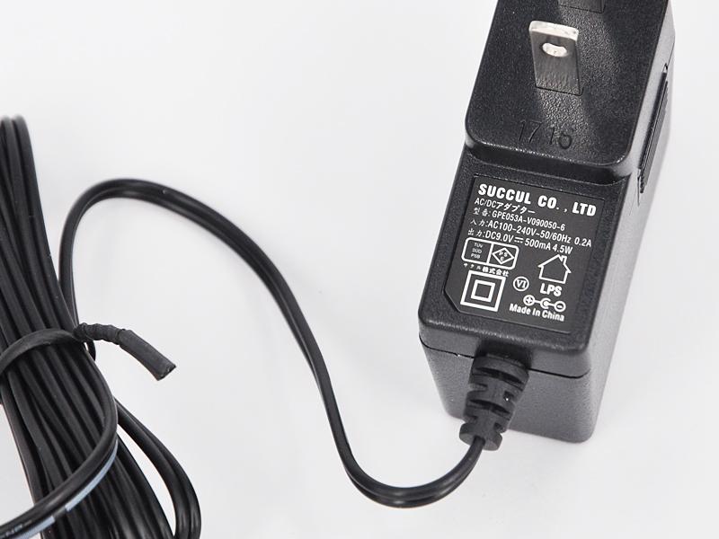 ACアダプター9V 0.5A